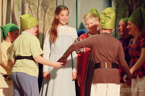 Hófehérke és a hét törpe(paródia) Ars Longa Stúdió (Halászi)
